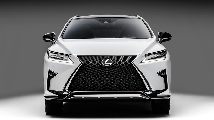2016 Lexus RX revealed in New York