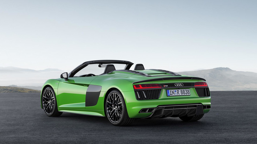 audi r8 spyder v10 plus is brand 39 s fastest convertible ever made. Black Bedroom Furniture Sets. Home Design Ideas