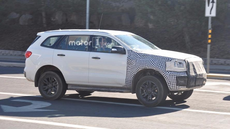 FLAGRA – Ford Bronco aparece em testes pela 1ª vez
