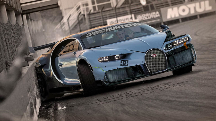 Quand Emmanuel Macron drifte en Bugatti Chiron !
