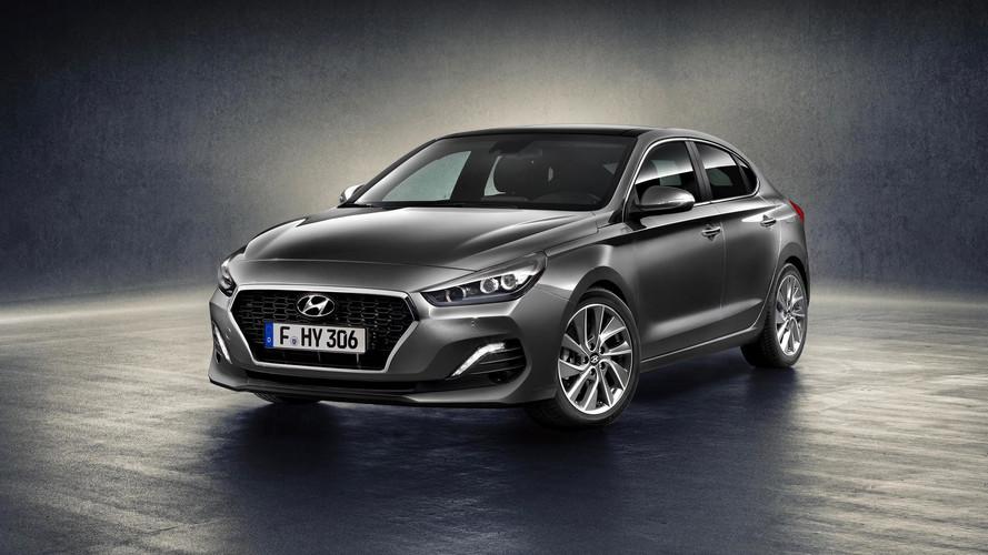 Hyundai i30 Fastback: mercis puttonyt kapott a kompakt
