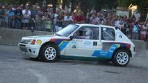 5-Peugeot205_2