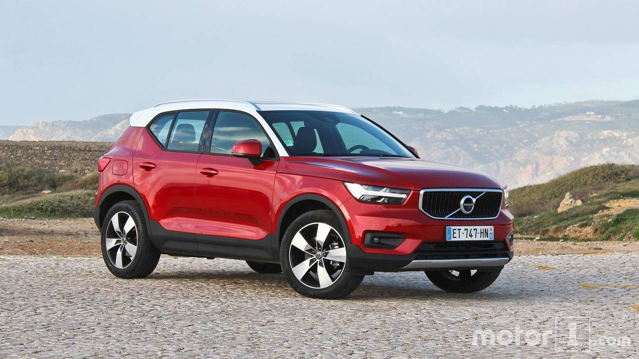 essai volvo xc40 un suv compact mais pas sans caract re. Black Bedroom Furniture Sets. Home Design Ideas