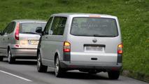 VW T5 Multivan Facelift First Spy Photos