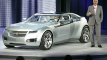 Bob Lutz Introduces The Chevrolet Volt Electric Concept At NAIAS