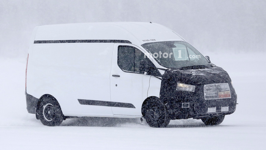 Ford Transit Custom spied getting ready for minor facelift