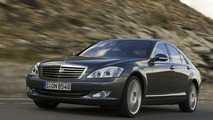 Mercedes S Class with new 4MATIC system