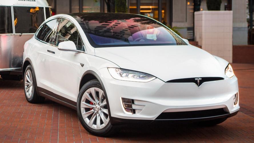 """Auto elettriche, la Norvegia pensa alla tassa """"anti-Tesla"""""""