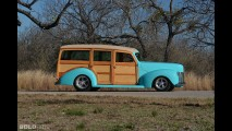 Ford Deluxe Woody Wagon