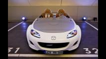 Su strada con la Mazda MX-5 Superlight