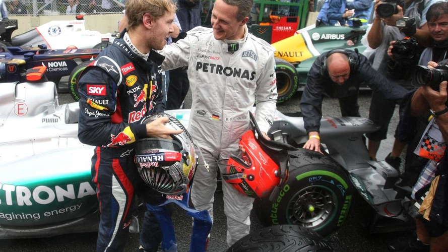 Schumacher tips Vettel to break F1 title record