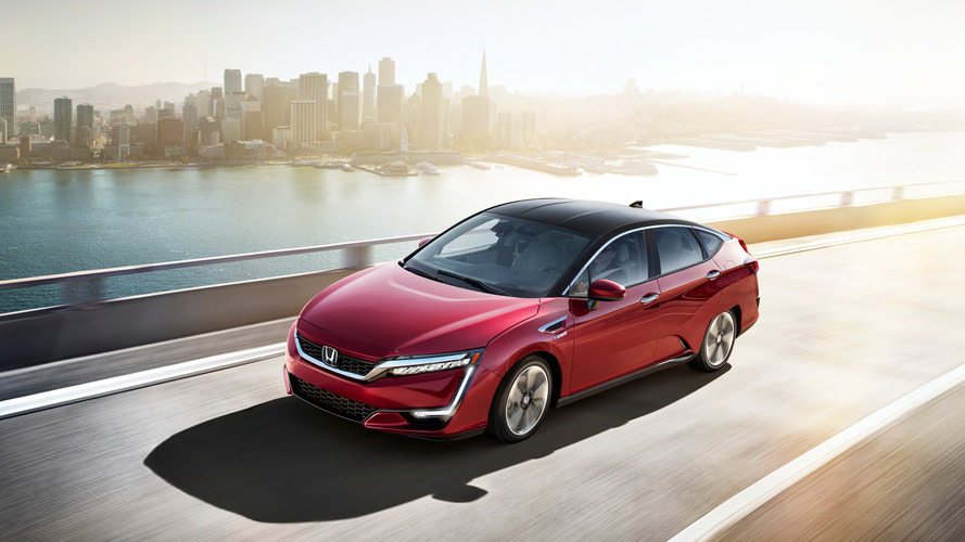 Honda announces Clarity plug-in sales will begin in 2017