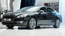 Peugeot 508 makes Paris debut
