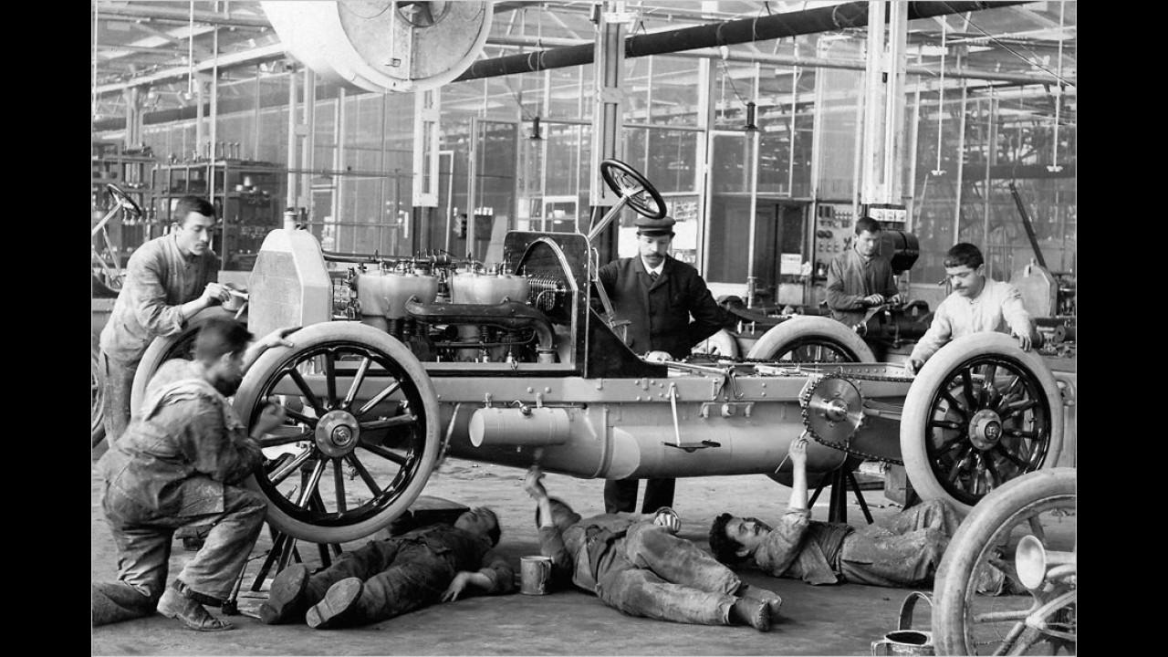 Daimler-Schmiede Untertürkheim (1904)
