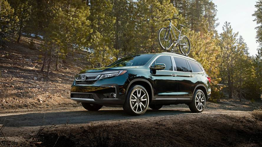 Honda pilot and hr v get updated tech styling cues for 2019 for Honda pilot images