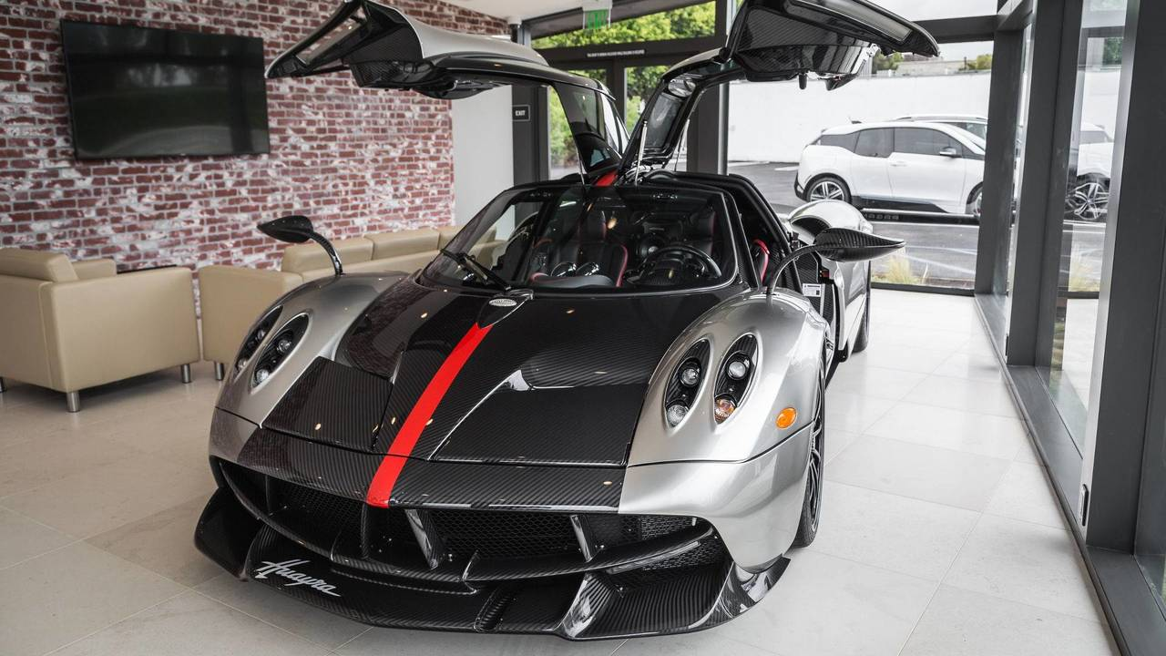 Two-Tone Pagani Huayra Americano For Sale After Just 488 Miles