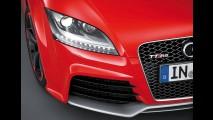Audi apresenta o TT RS plus - Versão acelera de 0 a 100 km/h em 4,1 segundos