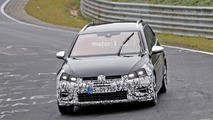 VW Golf R Variant facelift spy photos