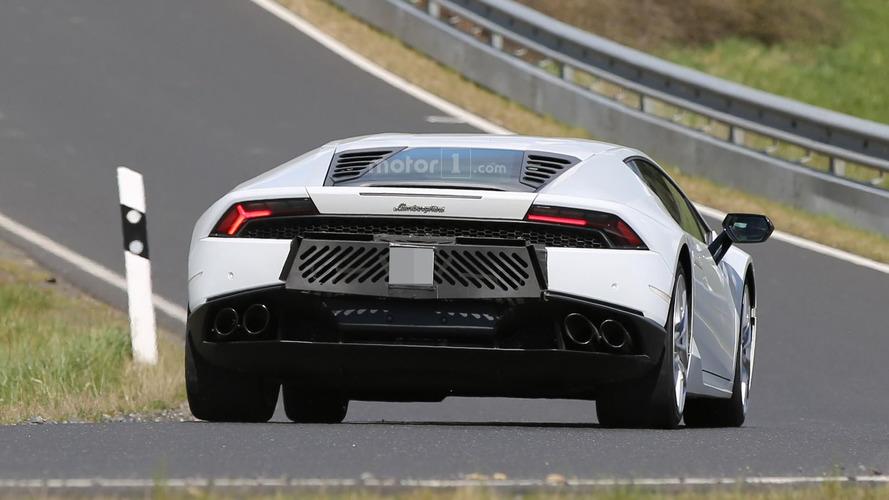 Lamborghini Huracan Superleggera mule has six exhaust tips