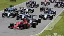 Sebastian Vettel, Ferrari SF15-T at the start of the race