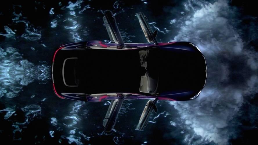 Mercedes-AMG GT Coupe bu sefer de teaser videosuyla bizlerle