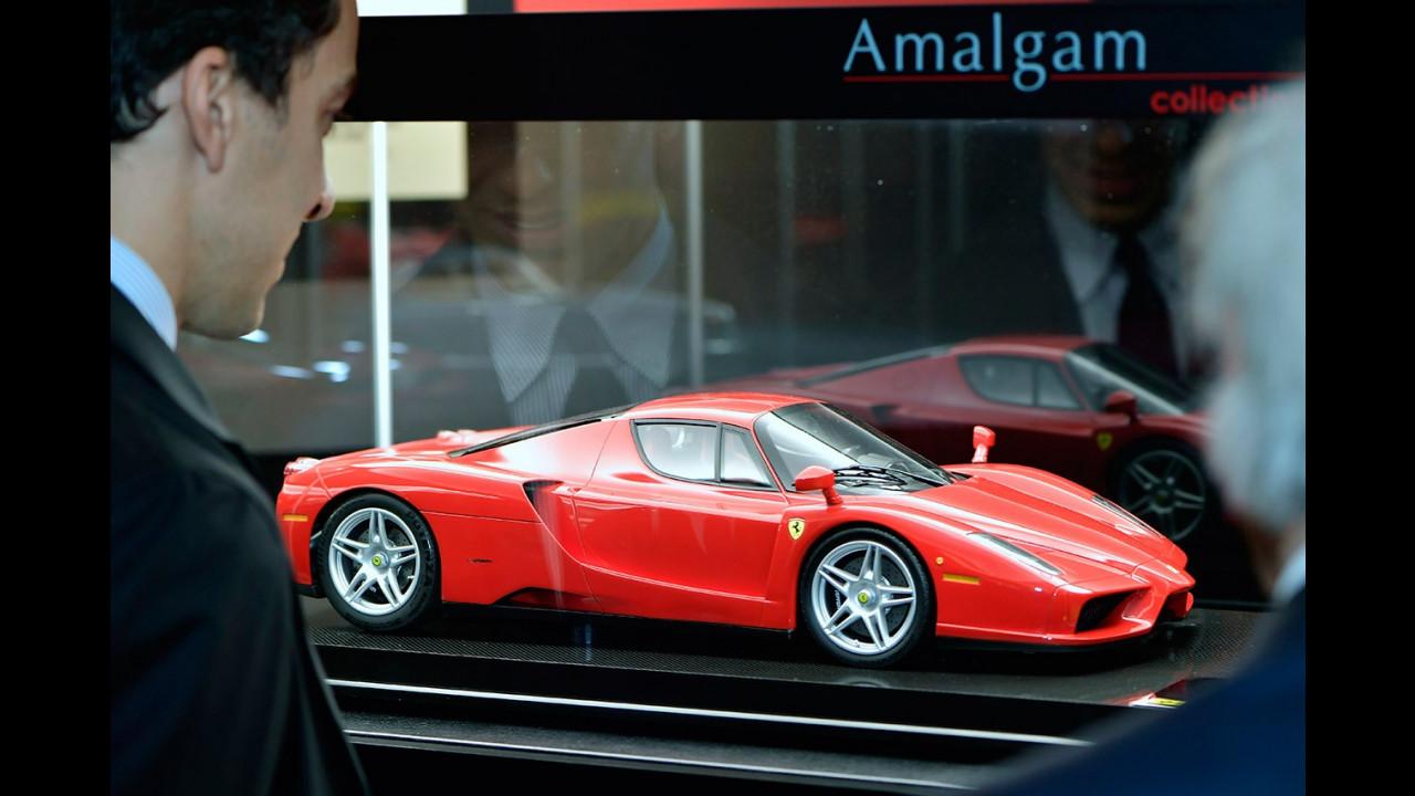 Ferrari Store di Roma, la mostra di modelli in scala Amalgam 060