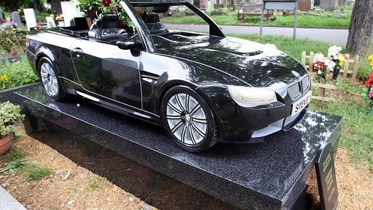BMW M3 convertible grave headstone, 634, 07.05.2010