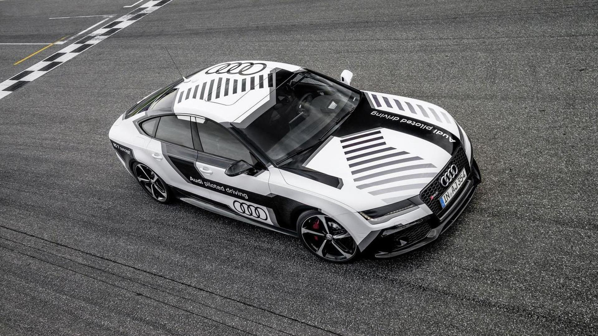 Концепт Audi RS7 Piloted Driving