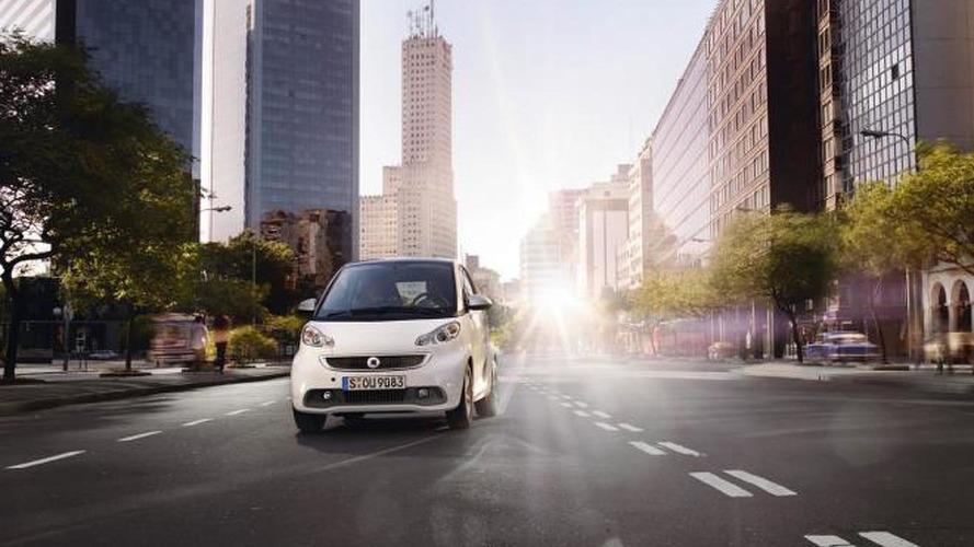 2013 smart fortwo facelift II revealed
