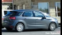 Flagra: Novo Citroën C4 Picasso 2013 inova em seu visual