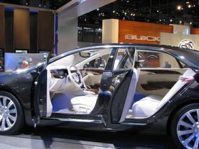 Cadillac XTS Platinum Concept