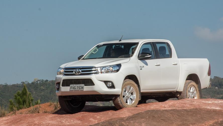 Toyota Hilux e SW4 ficam mais caros, chegando a R$ 267.690