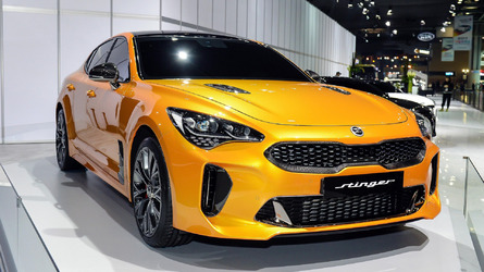 2018 Kia Stinger Does 0-62 MPH in 4.9 Seconds