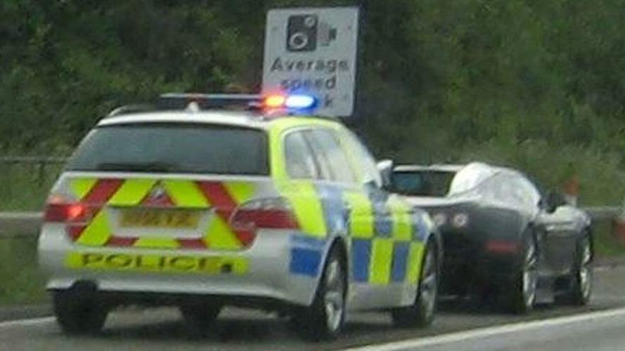 British Police Stop 130mph race between Bugatti Veyron & Ferrari 599 GTB