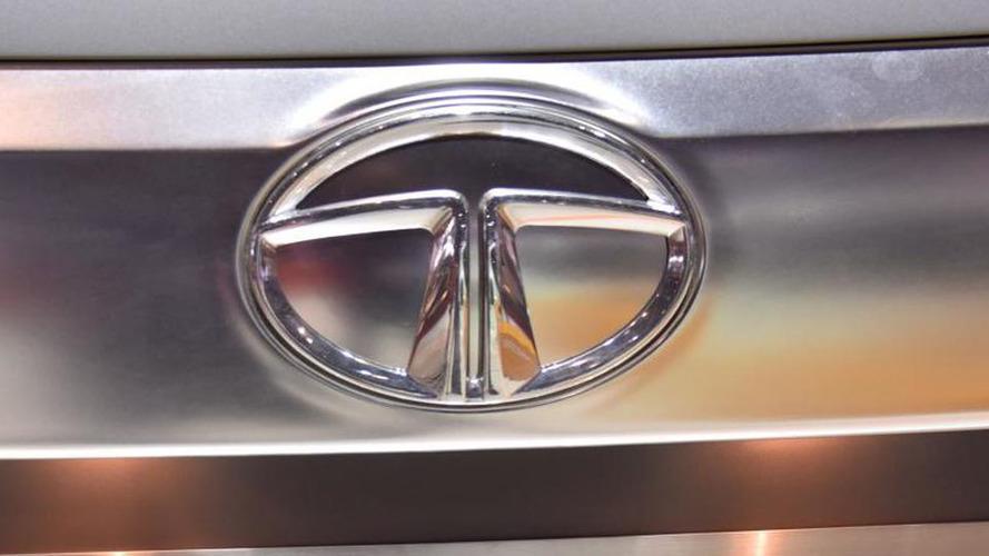 Tata Safari SUV rear-ended by crashing military jet in India