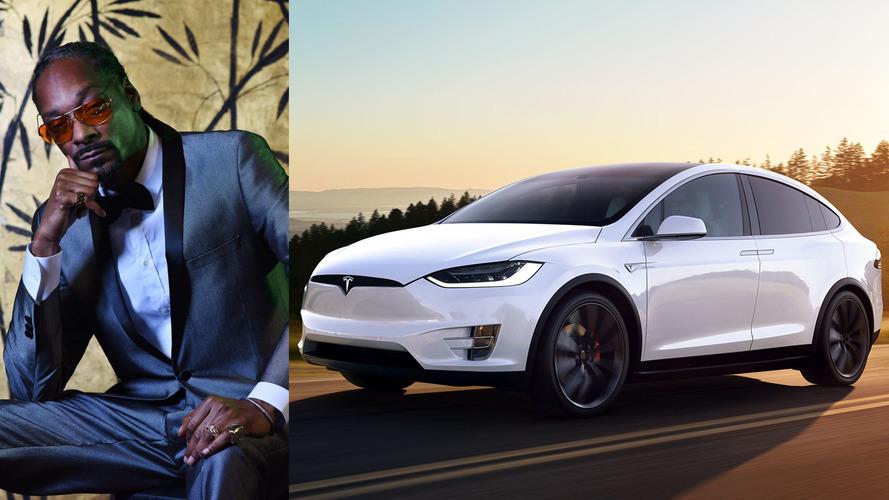 Snoop Dogg Tesla Model X'ine kavuştu