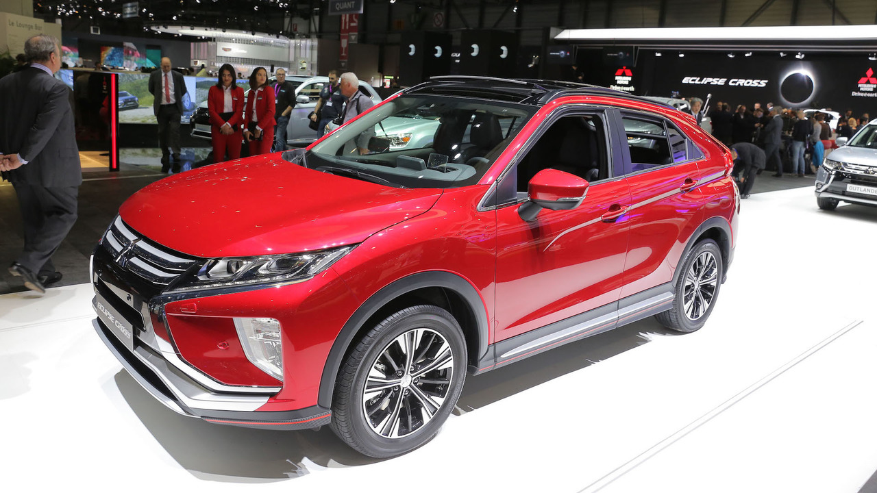 mitsubishi eclipse cross shows new direction for storied. Black Bedroom Furniture Sets. Home Design Ideas