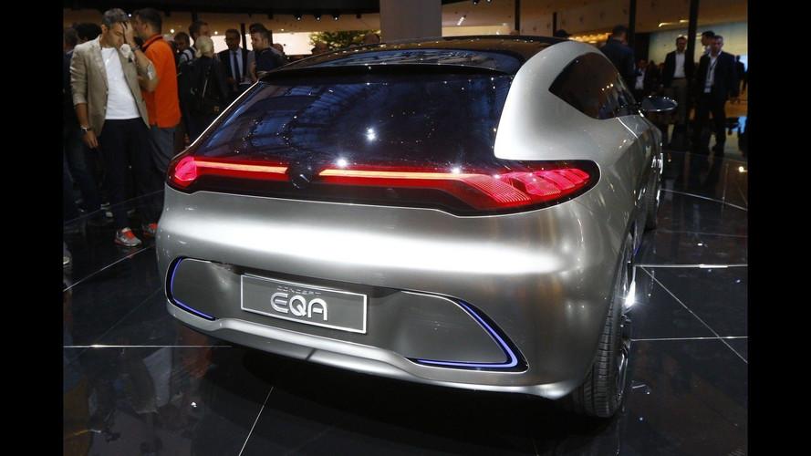 Şık Mercedes-Benz EQ A konsepti 400 km menzille geldi