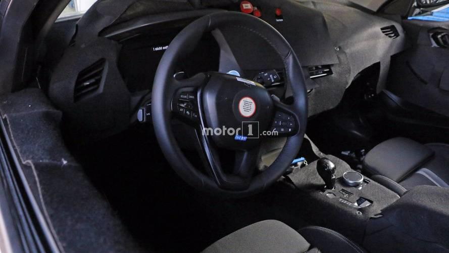 PHOTOS - La nouvelle BMW Série 1 montre (un peu) son habitacle