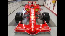 La nuova Ferrari F2007
