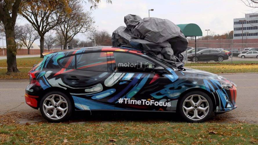 """Ford CEO'su, """"artık aptal otomobiller olmayacak"""" dedi"""