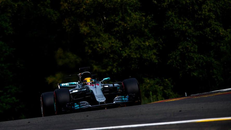 Hamilton hace historia, logrando en Spa su pole número 68