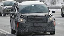 2016 / 2017 Chrysler Town & Country spy photo