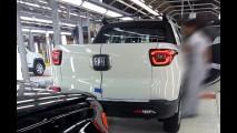 Vazou! Fiat Toro aparece mais uma vez sem disfarces dentro da fábrica
