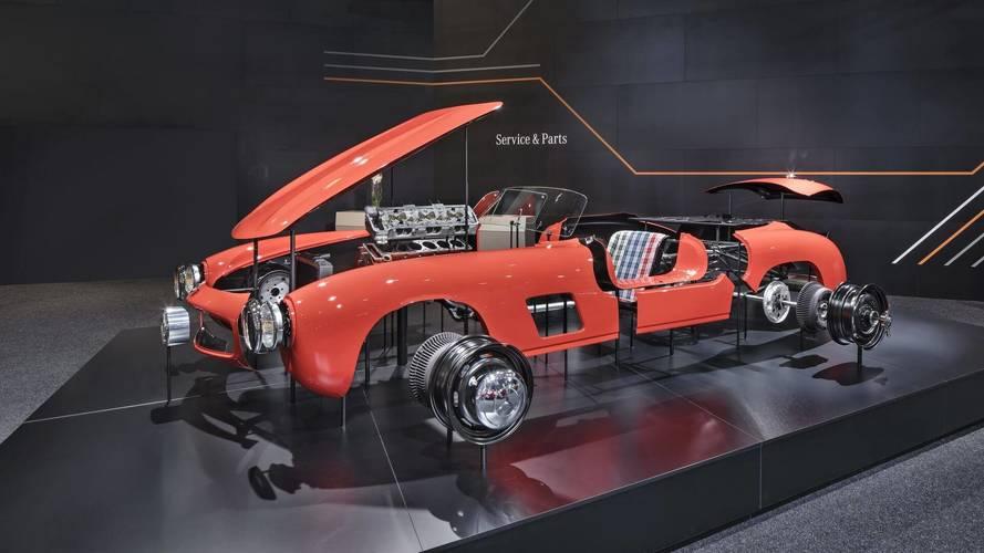 Mercedes 300 SL Gullwing gövde panelleri tekrar üretiliyor