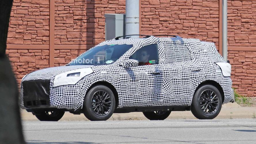 Ford Escape / Kuga plug-in hybrid spy shots