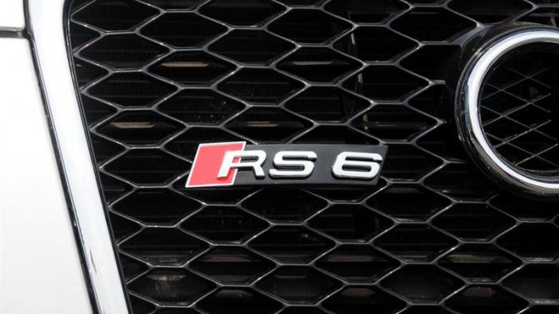 Радиаторная решетка Audi RS6