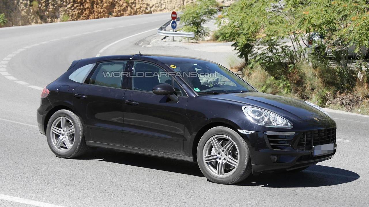 2014 Porsche Macan spy photo 30.07.2013