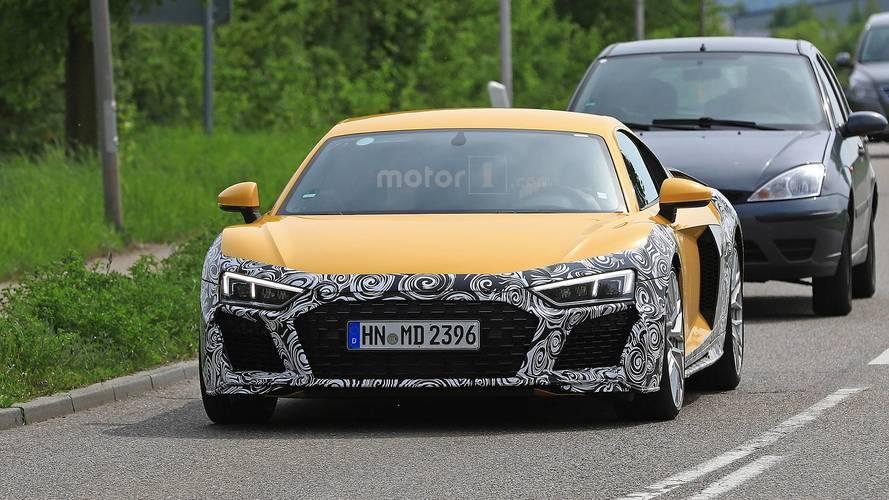 Refreshed Audi R8 Spy Photos