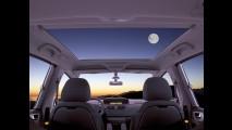 Série Especial: Citroën C4 Picasso La Luna com teto panorâmico chega por R$ 92.200